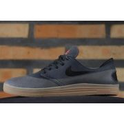 T�nis Nike SB - Lunar Oneshot Black/Black-Gum Med Brown