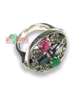 anel de rubi com safira esmeralda