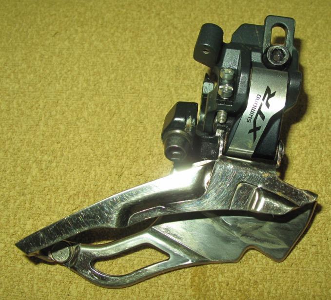 C�mbio Dianteiro Shimano XTR FD-M981 Direct (Usado)